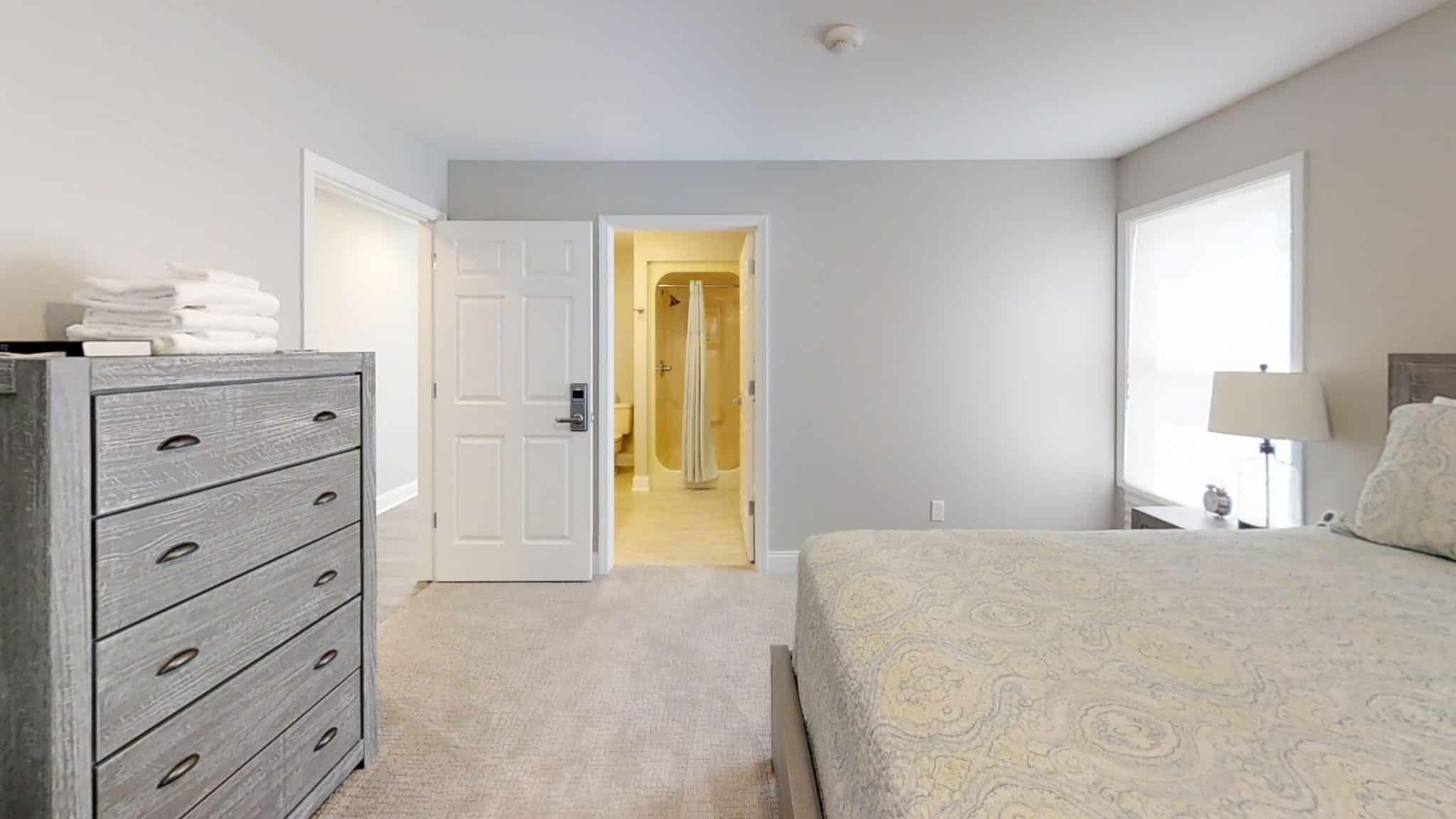 Ben-Gordon-Up-Bedroom-3