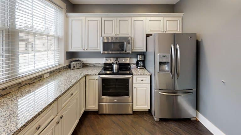 Isaac-Kitchen.jpg2