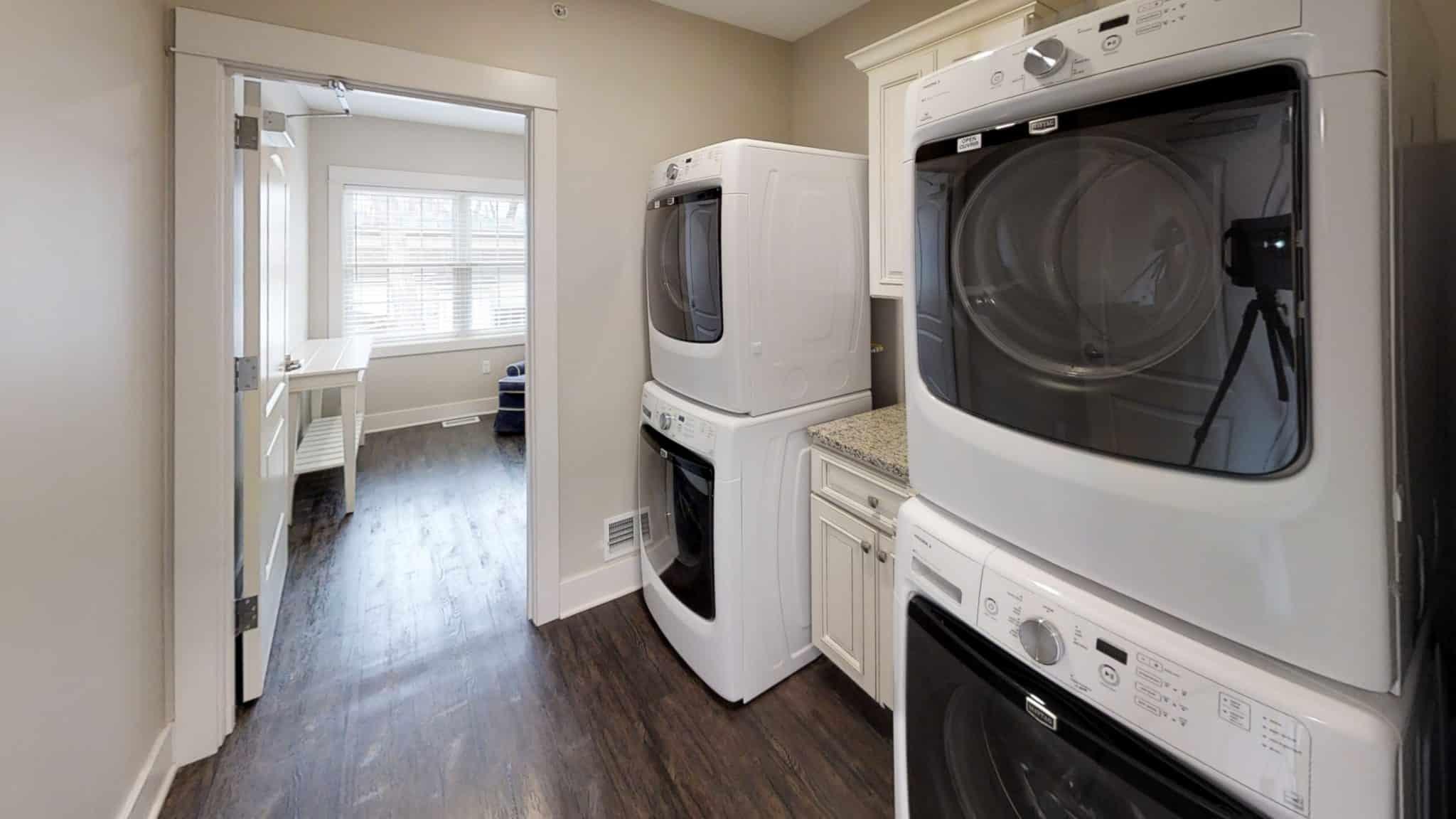 Isaac-Laundry