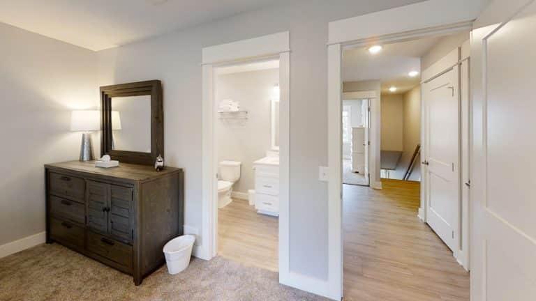Mary-Cottage-Bathroom