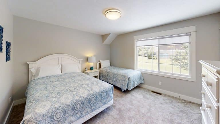 Mary-Cottage-Bedroom (2)
