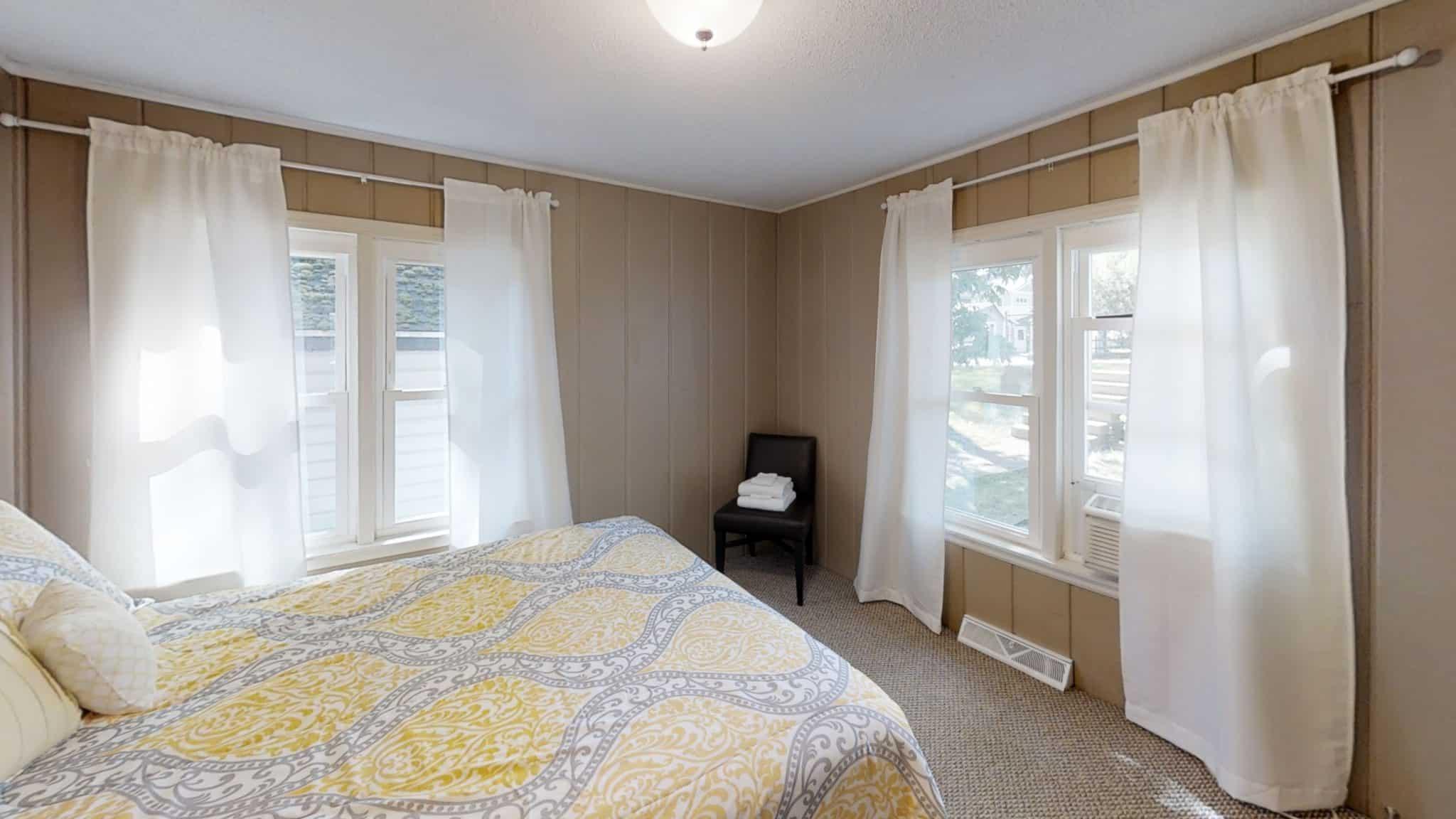 Timothy-Bedroom (2)